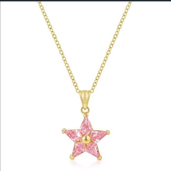 Jewelry - Goldtone Fancy Star Pendant
